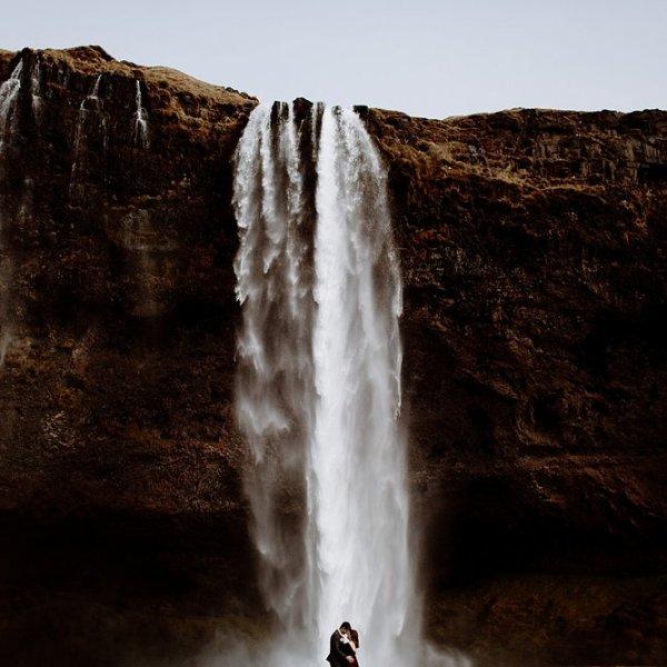 Iceland_Elopement_Photographer-011