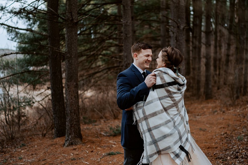 woodsey-elopement-_003