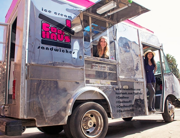 Coolhaus_truck_with_Natasha_and_Freya