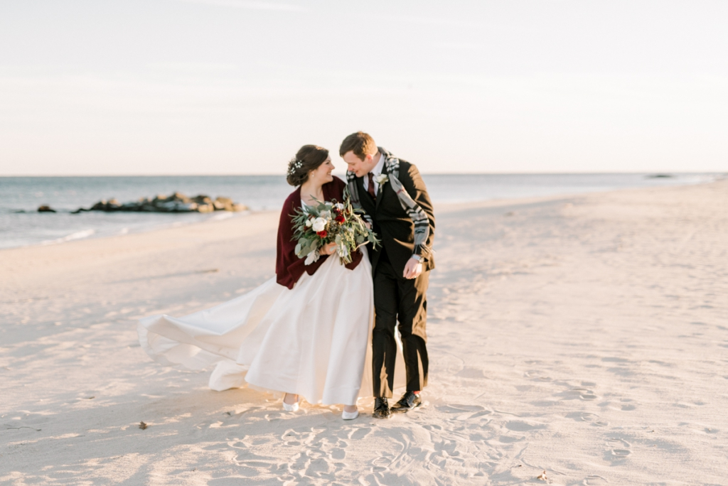 haley-richter-photography-airbnb-winter-wedding-longbranch-newjersey-mcloones-pier-house-beach-111