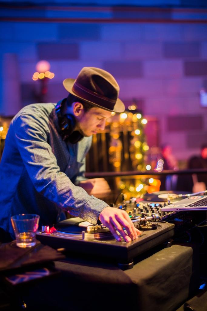 DJ Royale