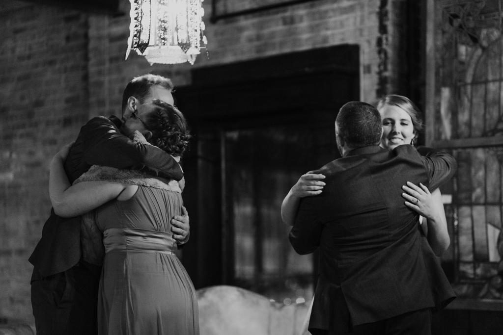 Vintage-Chicago-wedding-by-Emma-Mullins-Photography116