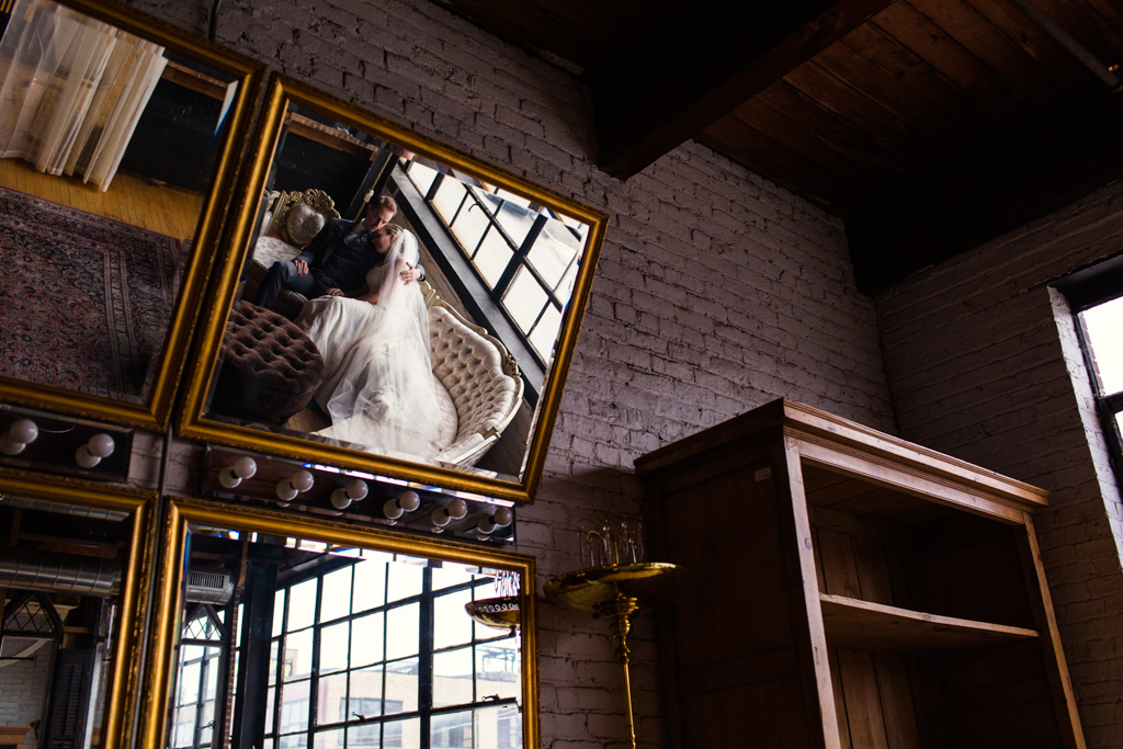 Vintage-Chicago-wedding-by-Emma-Mullins-Photography090