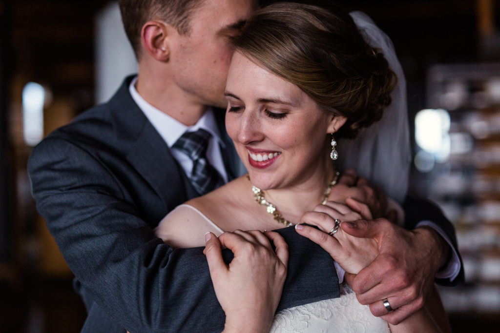 Vintage-Chicago-wedding-by-Emma-Mullins-Photography088