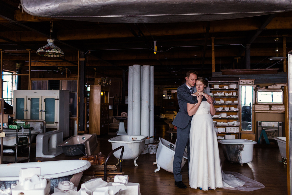 Vintage-Chicago-wedding-by-Emma-Mullins-Photography087
