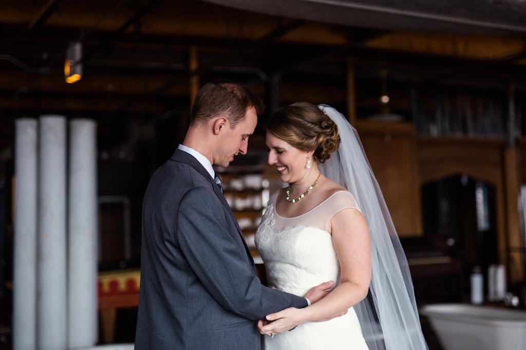 Vintage-Chicago-wedding-by-Emma-Mullins-Photography082