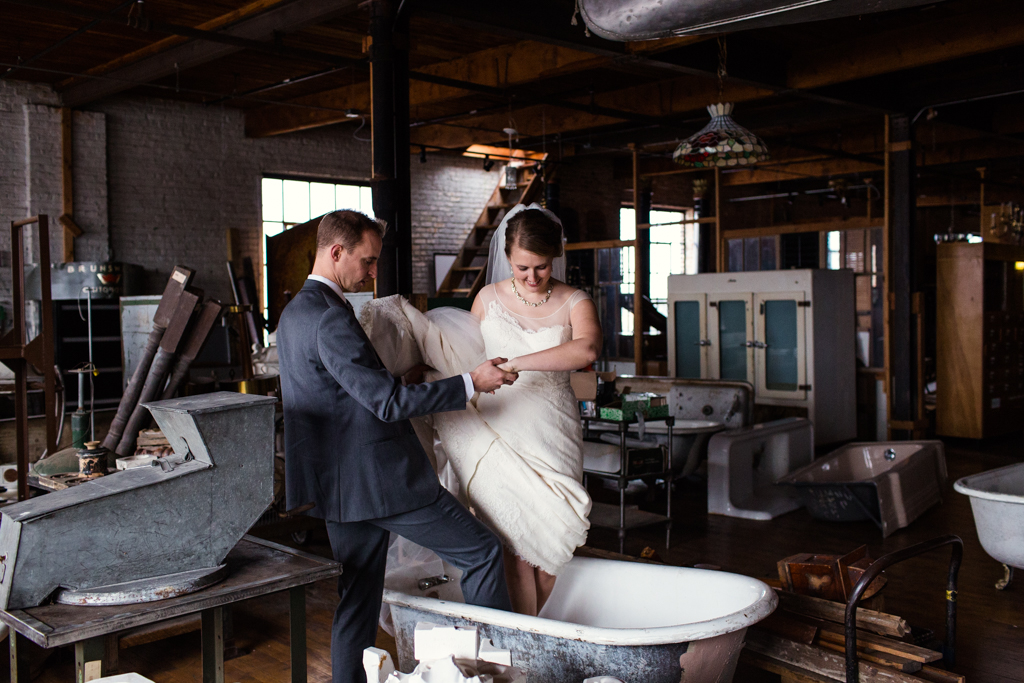 Vintage-Chicago-wedding-by-Emma-Mullins-Photography080