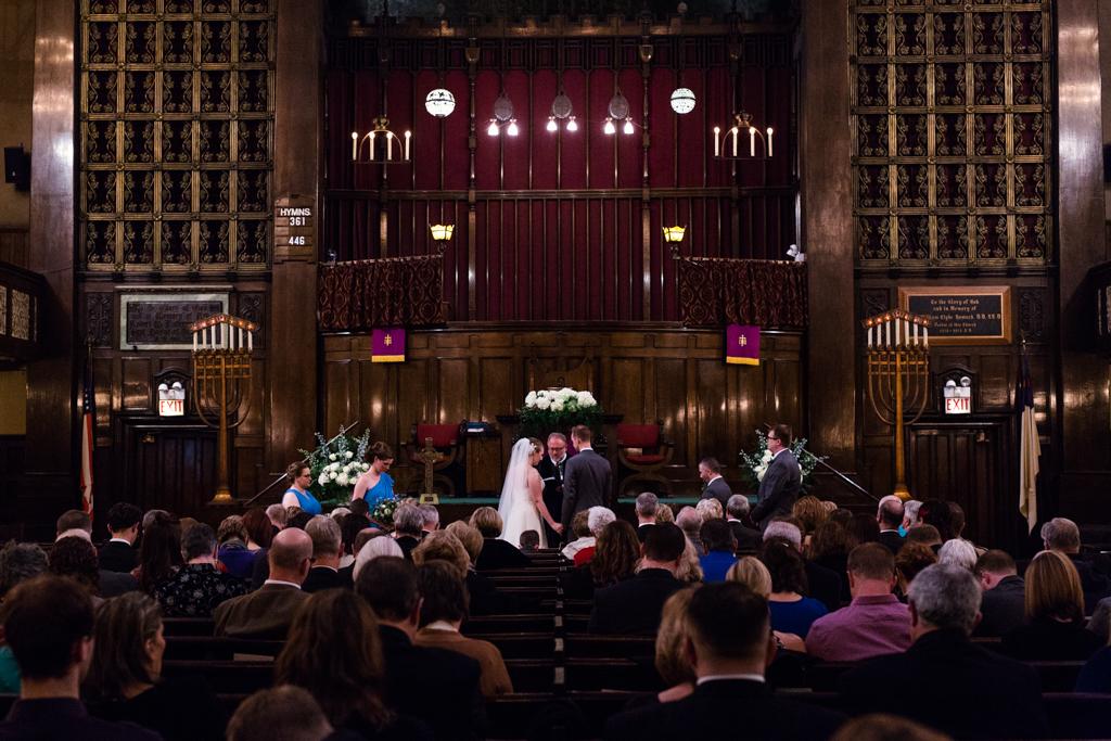 Vintage-Chicago-wedding-by-Emma-Mullins-Photography062