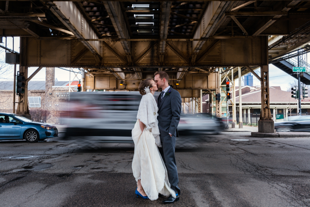 Vintage-Chicago-wedding-by-Emma-Mullins-Photography036