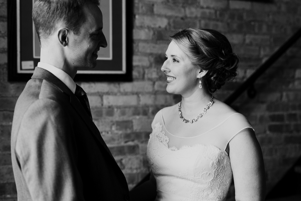 Vintage-Chicago-wedding-by-Emma-Mullins-Photography022