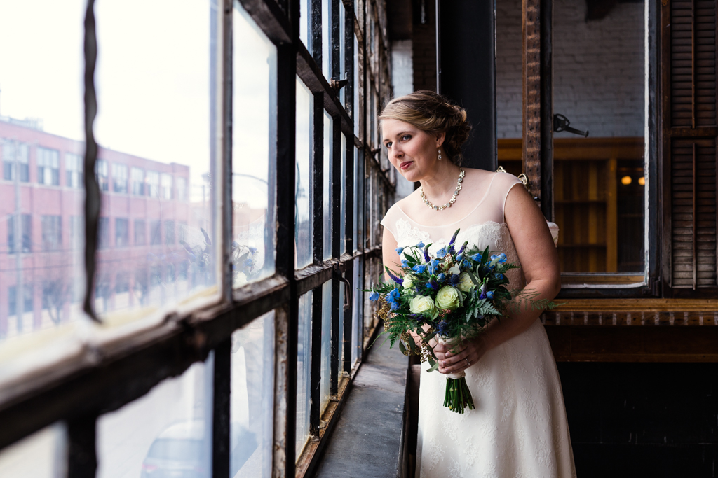Vintage-Chicago-wedding-by-Emma-Mullins-Photography016