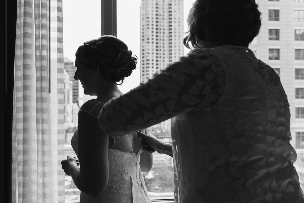 Vintage-Chicago-wedding-by-Emma-Mullins-Photography010