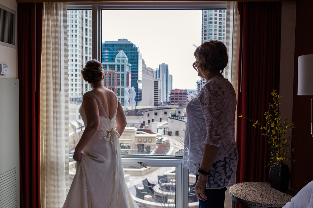 Vintage-Chicago-wedding-by-Emma-Mullins-Photography011