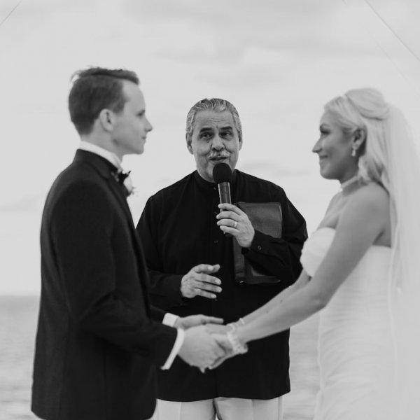 Cancun-destination-wedding-ceremony-2