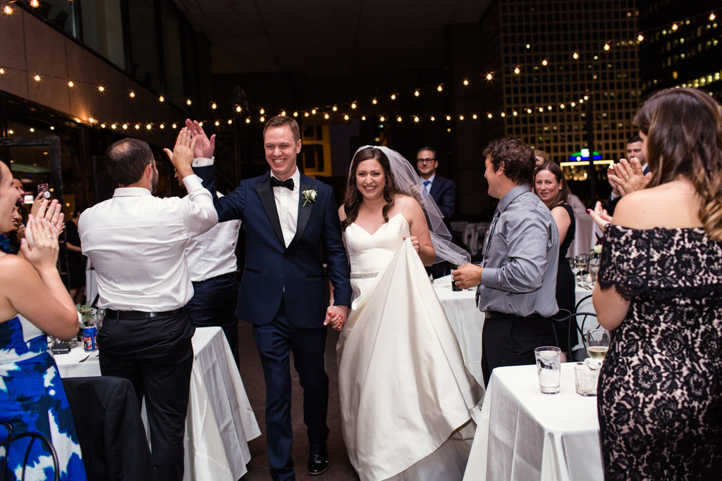 Downtown-Chicago-wedding-by-Emma-Mullins-Photography107