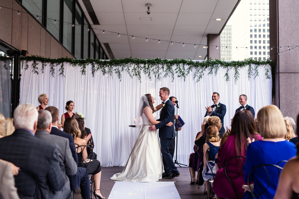 Downtown-Chicago-wedding-by-Emma-Mullins-Photography087