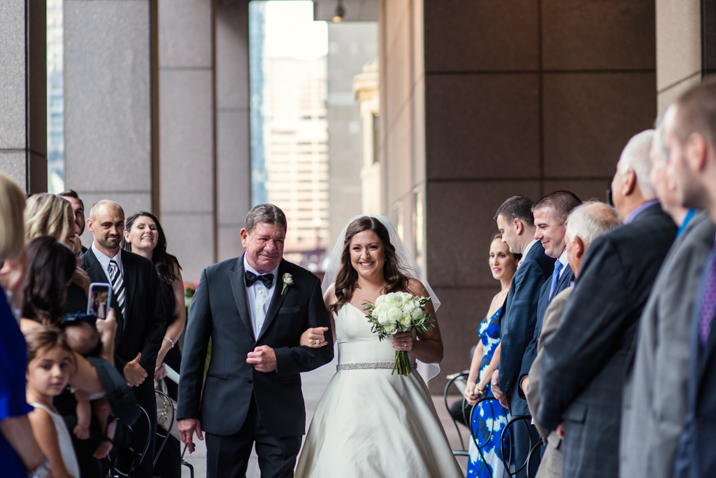 Downtown-Chicago-wedding-by-Emma-Mullins-Photography061