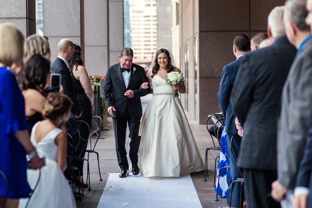 Downtown-Chicago-wedding-by-Emma-Mullins-Photography059