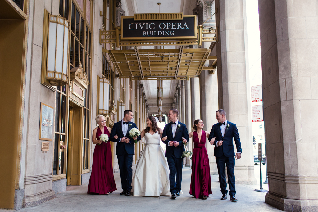 Downtown-Chicago-wedding-by-Emma-Mullins-Photography034