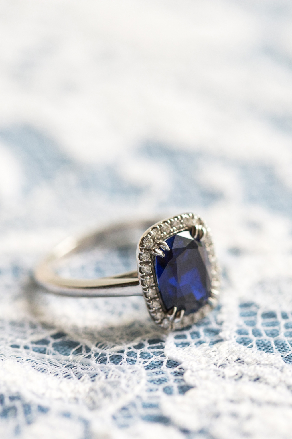 blue_diamond_engagement_ring