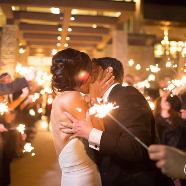73_sparkler-kiss-exit-Newport-Beach-Country-Club-wedding-photographer