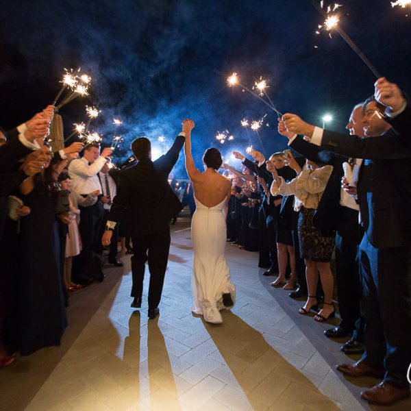74_Newport-Beach-Country-Club-wedding-sparkler-exit-send-off-photo