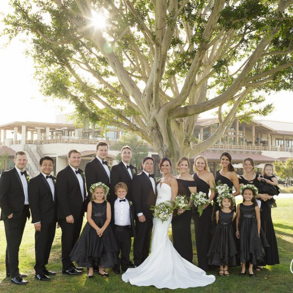 22_Newport-Beach-Country-Club-clubhouse-wedding-photographer-
