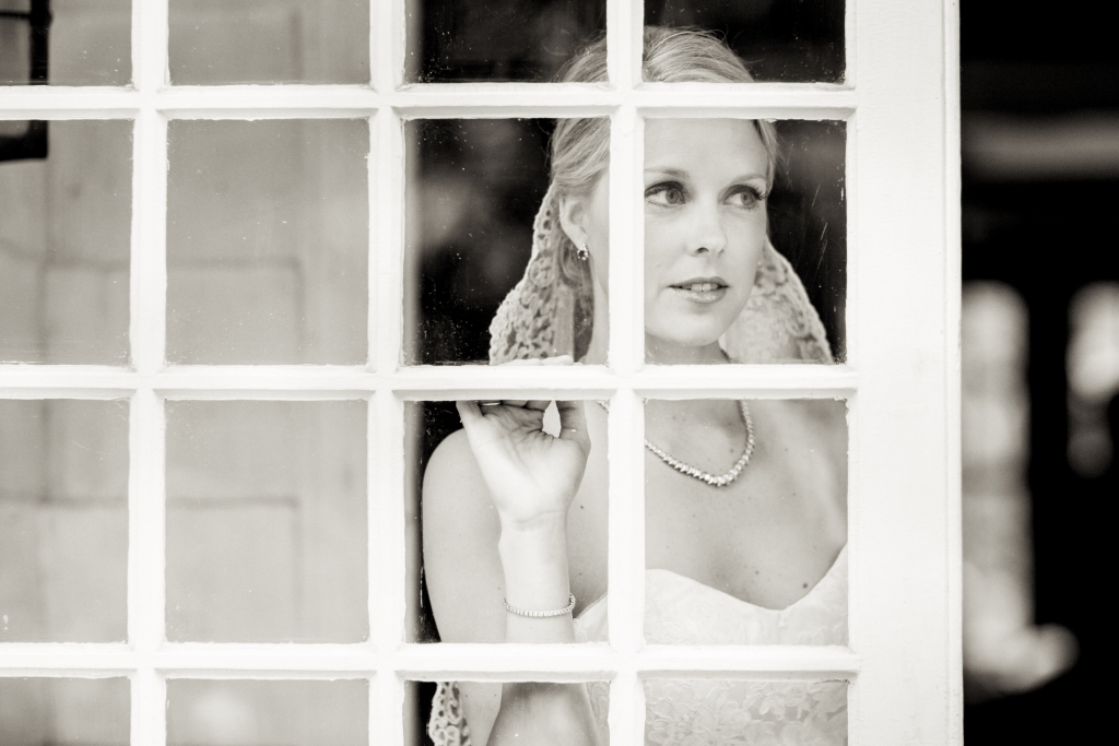Bridal portrait greenwich home 10