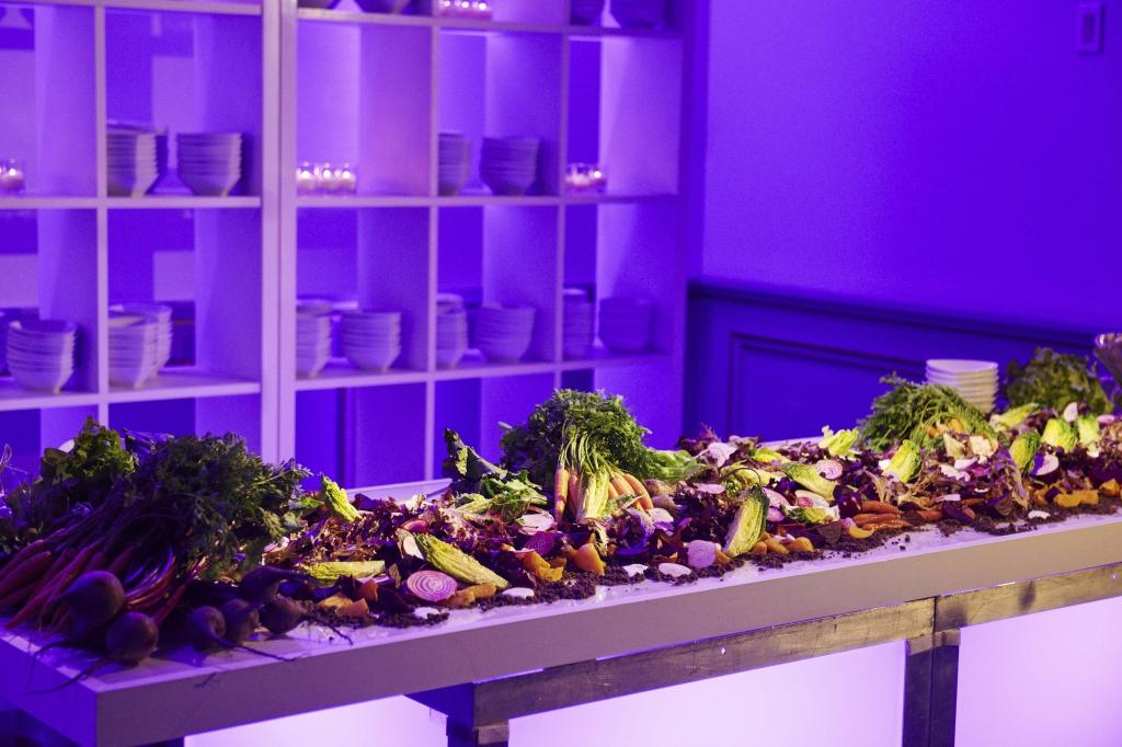 wedding-website-dining-small_2
