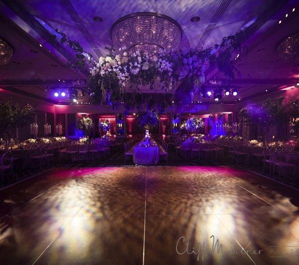 wedding-website-venues-small_15