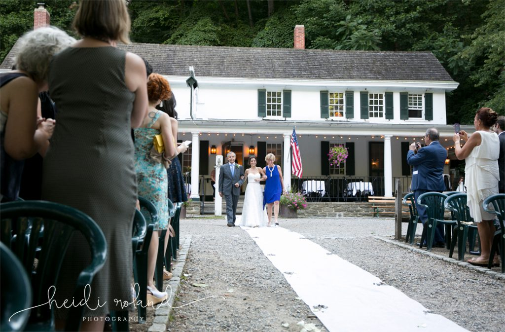 Valley_Green_Inn_Wedding_Philadelphia_PA_Heidi_Roland_Photography0113