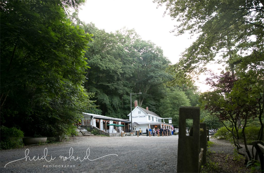 Valley_Green_Inn_Wedding_Philadelphia_PA_Heidi_Roland_Photography0109