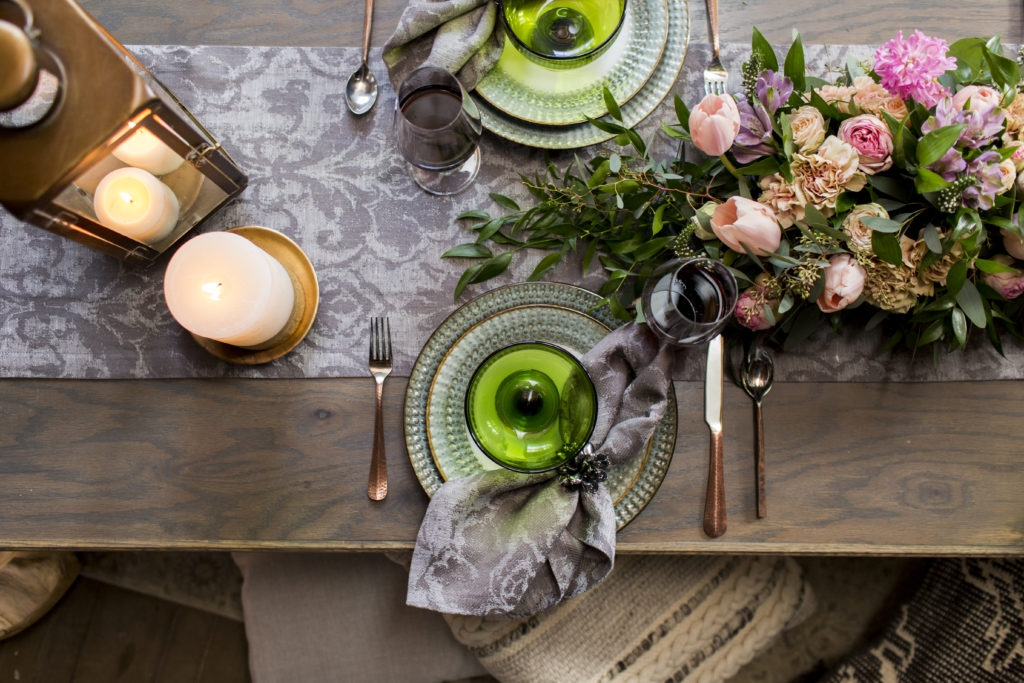 Luxurious Linens Styled Shoot