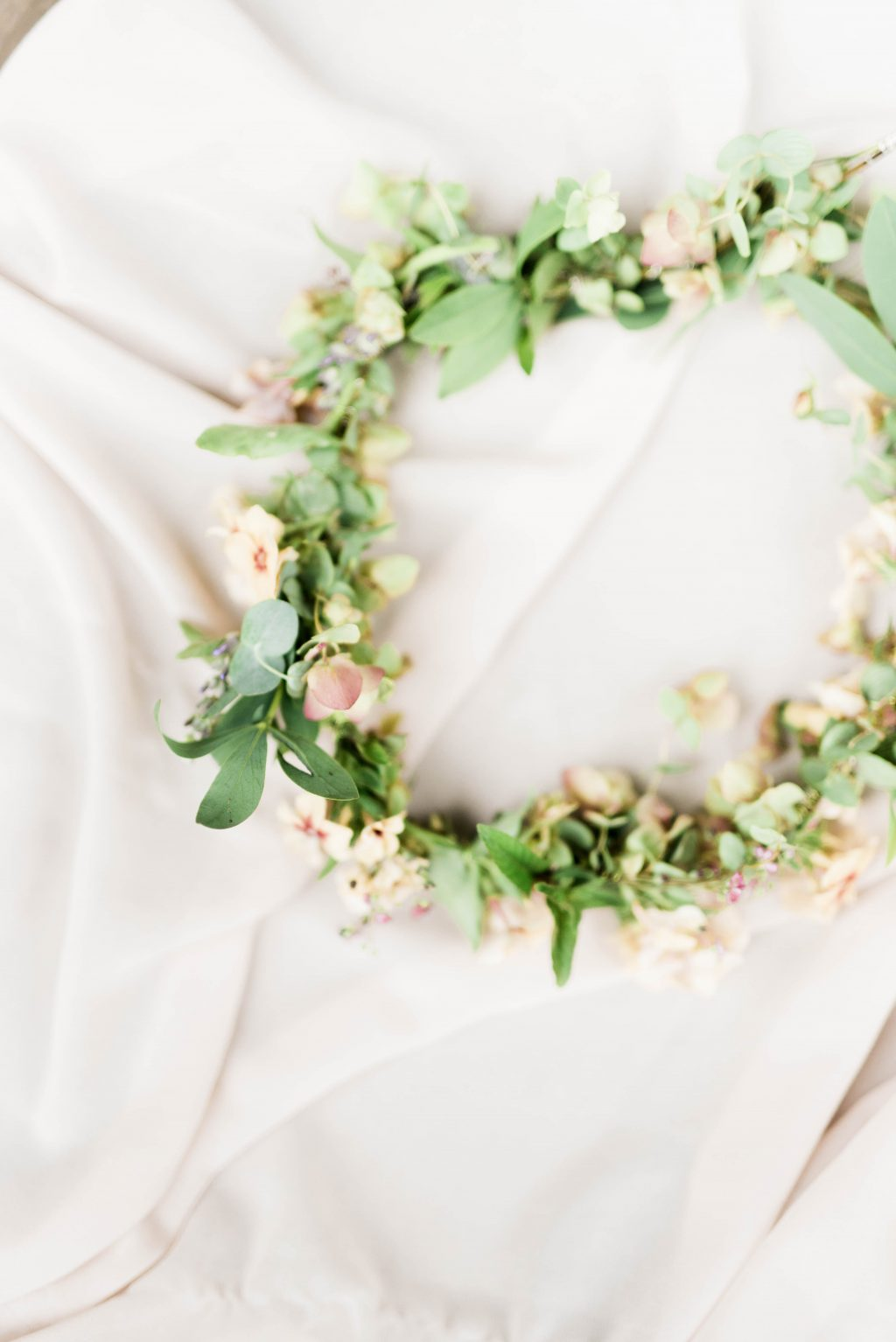 awbury-arboretum-wedding-DIY-boho-summer-haley-richter-photography-005