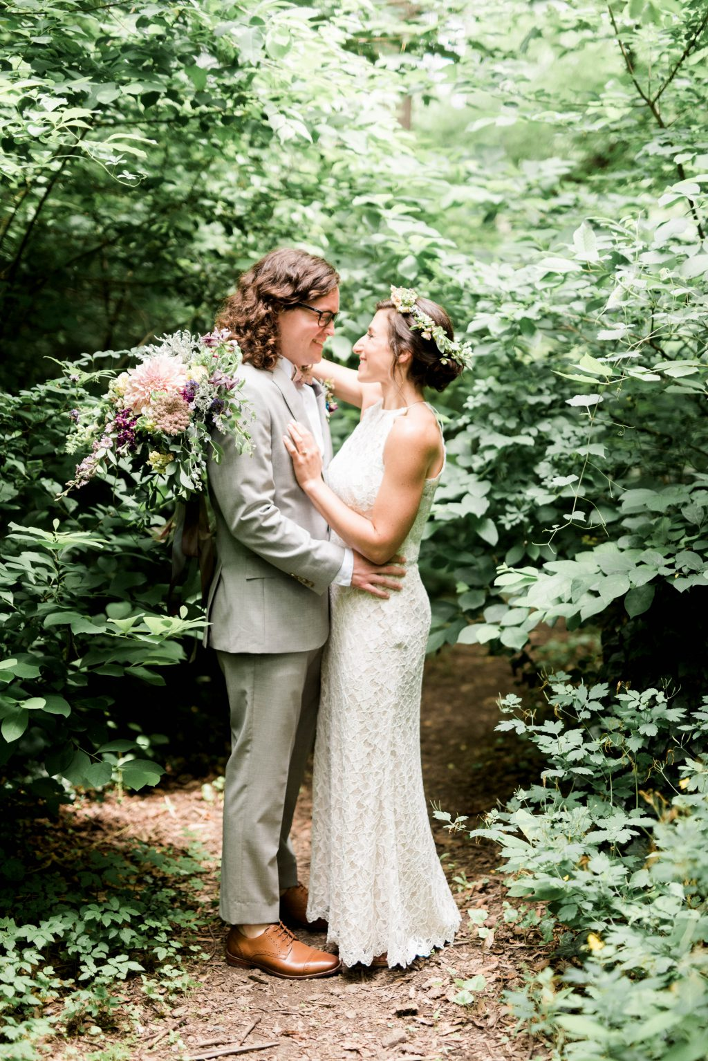 awbury-arboretum-wedding-DIY-boho-summer-haley-richter-photography-088