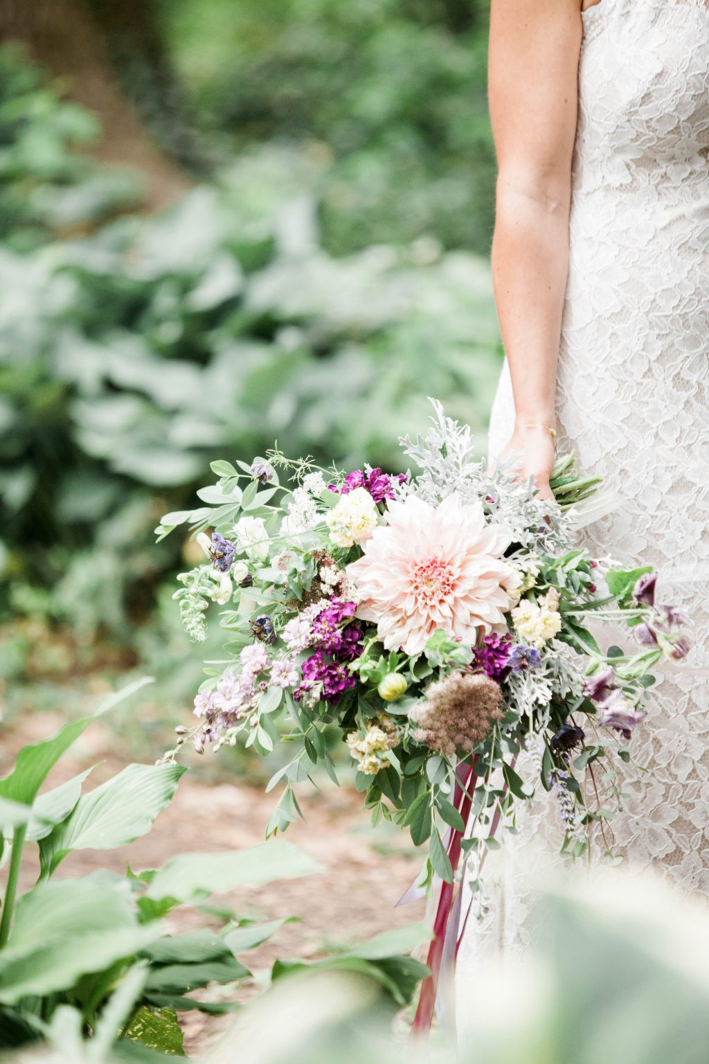 awbury-arboretum-wedding-DIY-boho-summer-haley-richter-photography-070