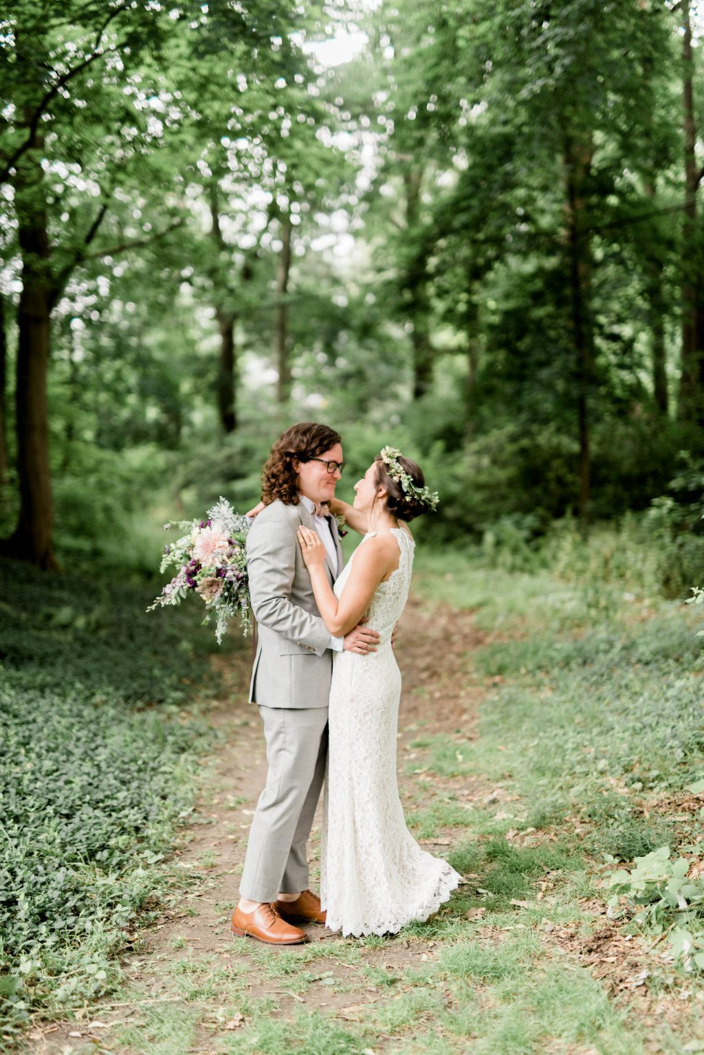 awbury-arboretum-wedding-DIY-boho-summer-haley-richter-photography-075