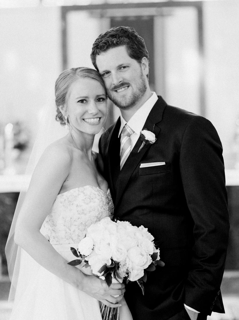 Aldie_Mansion_Wedding_Pictures-Schon_Photography-32