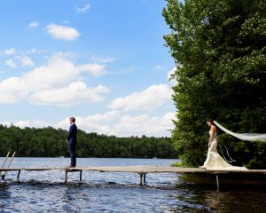 Summery Lakeside Wedding