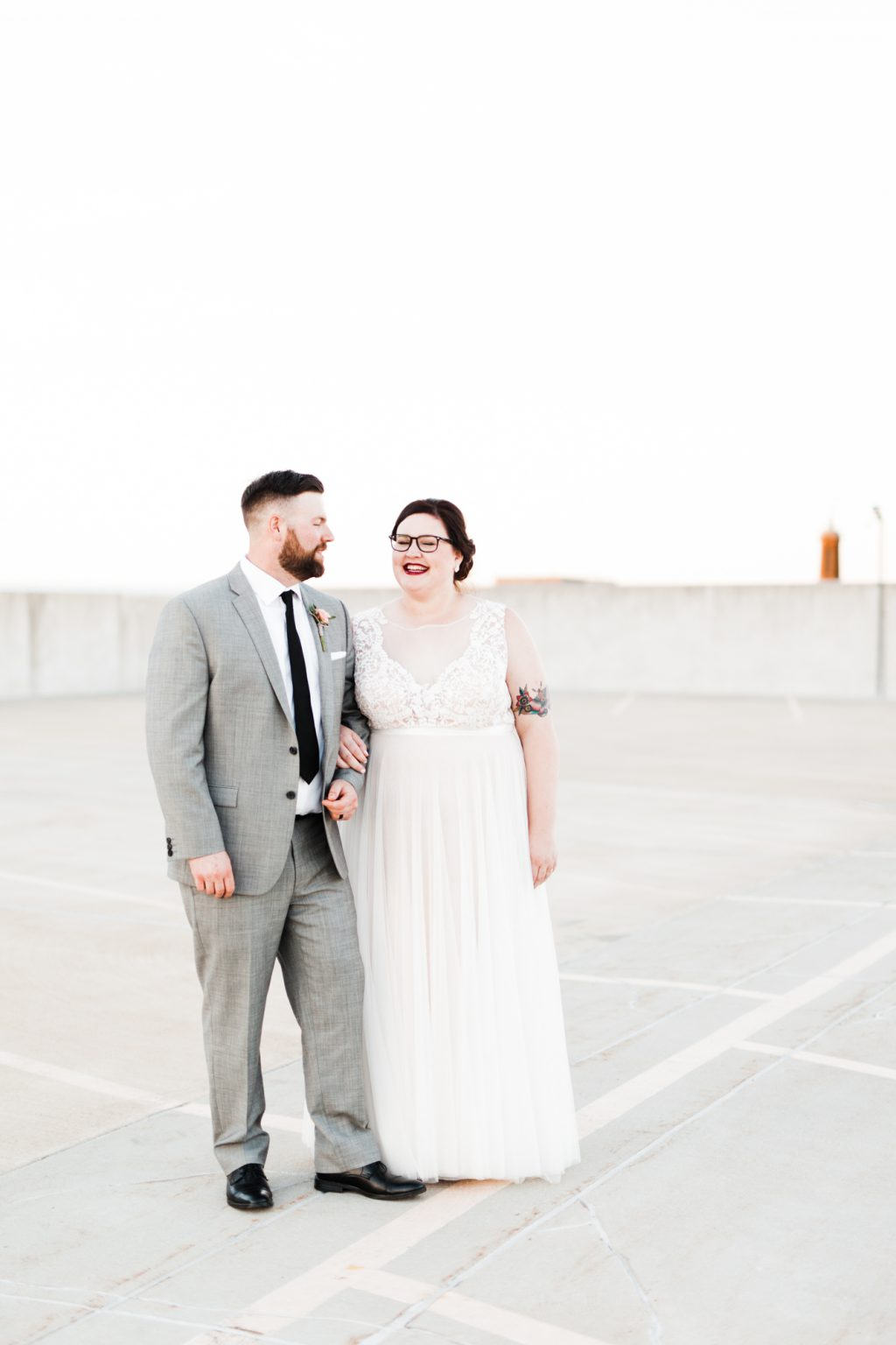 haley-richter-photo-west-chester-summer-wedding-boxcar-brewery-184