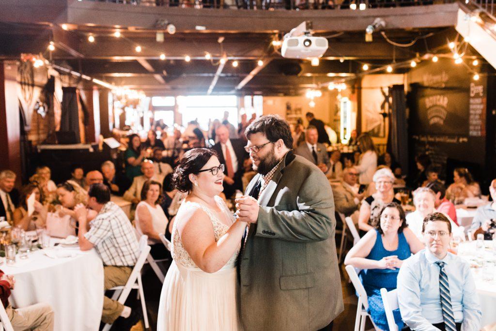 haley-richter-photo-west-chester-summer-wedding-boxcar-brewery-172