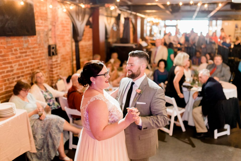 haley-richter-photo-west-chester-summer-wedding-boxcar-brewery-165