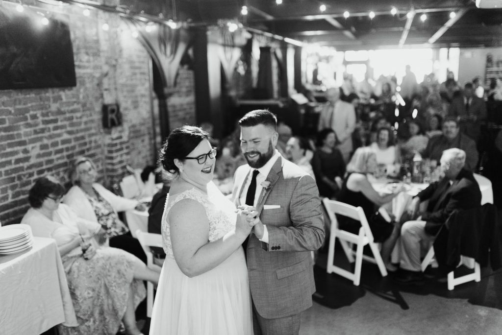 haley-richter-photo-west-chester-summer-wedding-boxcar-brewery-166