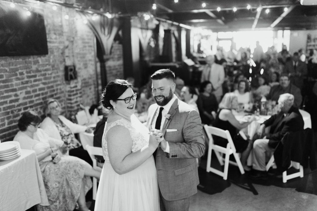 haley-richter-photo-west-chester-summer-wedding-boxcar-brewery-166