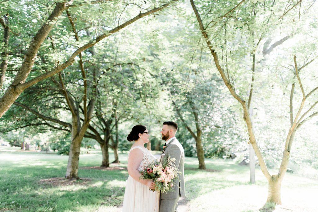 haley-richter-photo-west-chester-summer-wedding-boxcar-brewery-152