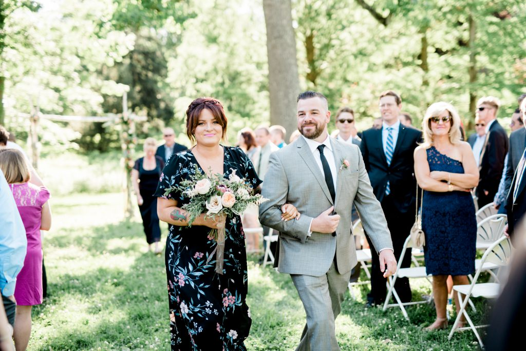 haley-richter-photo-west-chester-summer-wedding-boxcar-brewery-131
