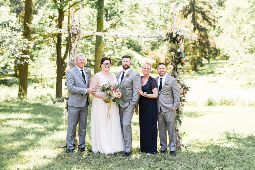 haley-richter-photo-west-chester-summer-wedding-boxcar-brewery-102