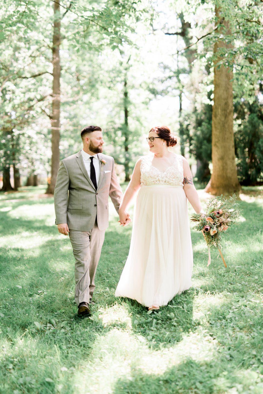 haley-richter-photo-west-chester-summer-wedding-boxcar-brewery-095