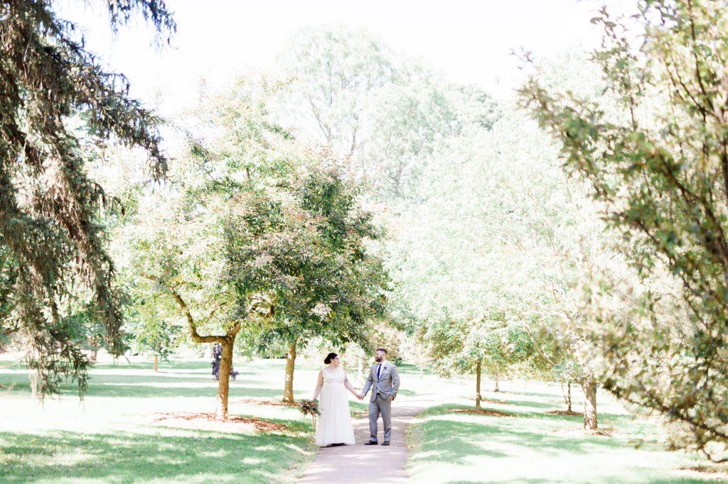 haley-richter-photo-west-chester-summer-wedding-boxcar-brewery-096