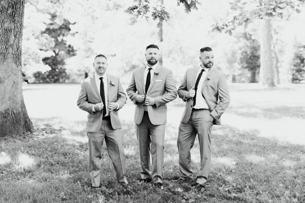 haley-richter-photo-west-chester-summer-wedding-boxcar-brewery-064